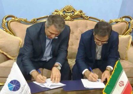 امضاء تفاهم نامه همکاری پارک علم و فناوری آذربایجان شرقی و بانک ملی استان
