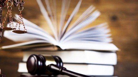 شرکتهای دانشبنیان در حوزه مالکیت فکری کمک قانونی دریافت میکنند