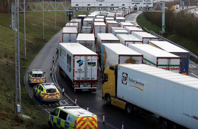 کنترل وزن وسایل نقلیه سنگین بدون توقف آنها